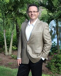 Vito Bauer – Luxury Real Estate Specialist at Royal Shell Real Estate, Inc. – Bauer International Group 601 Fifth Ave. South, Naples Fl 34102 We Make It Easy, You Make It HOME! Vito's distinguished U.S. and international clients recognize and rely on his extensive market knowledge, confidentiality, keen negotiating skills, his high-level of service and priceless business world connections. Every property, either large or small, Vito lists through the Royal Shell Residential Real Estate 5th Avenue office, becomes the centerpiece to an aggressive marketing campaign that highlights the home to prospective buyers across South Florida and the world. BauerInternationalGroup.com is Naples source for searching 1000's of listings, 2nd homes and condos, 1031 exchanges, luxury properties, relocation services, waterfront homes and condos, annual and seasonal rental, Naples real estate investment opportunities, golf course and gated communities. Vito speaks Polish. Vito oferuje wysokiej jakości serwis i kompleksową obsługę w pośrednictwie nieruchomości dużych i małych oraz agresywny marketing do klientów z południowej Florydy i międzynarodowych. Liczni klienci amerykańscy i międzynarodowi mogą polegać na jego ekspertyzie, znajomości rynku, świetnych zdolnościach negocjacyjnych oraz kontaktach biznesowych. Vito pośredniczy i doradza swoim klientom między innymi w kupnie i sprzedaży domów i mieszkań, nieruchomości luksusowych, nieruchomości nad wodą, na polach golfowych i osiedlach strzeżonych, wymianach, wynajmach oraz w inwestycjach w nieruchomości. Vito mówi po polsku. Cell: (239) 777-7080 Fax: (239) 333-4767 email: Bauer.Vito@gmail.com Facebook: https://www.facebook.com/BauerInternationalGroup www.BauerInternationalGroup.com